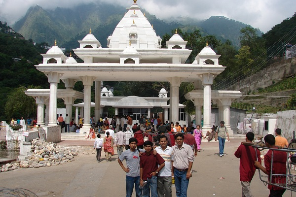 Himachal With Vashno Devi Tour Package