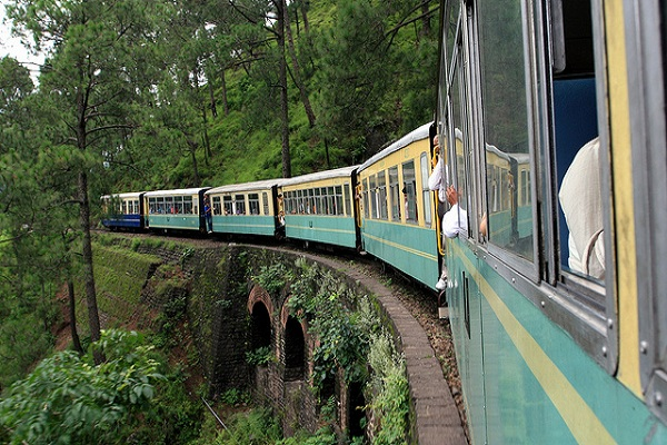 Delhi Manali Kullu Shimla Volvo Tour With Toy Train